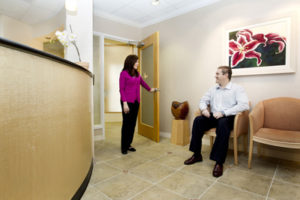 picture of new patient walking into Cann Dentistry, Atlanta, GA 30305